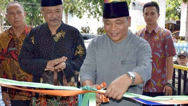 Wabup Situbondo Borong Batik Karya Difabel