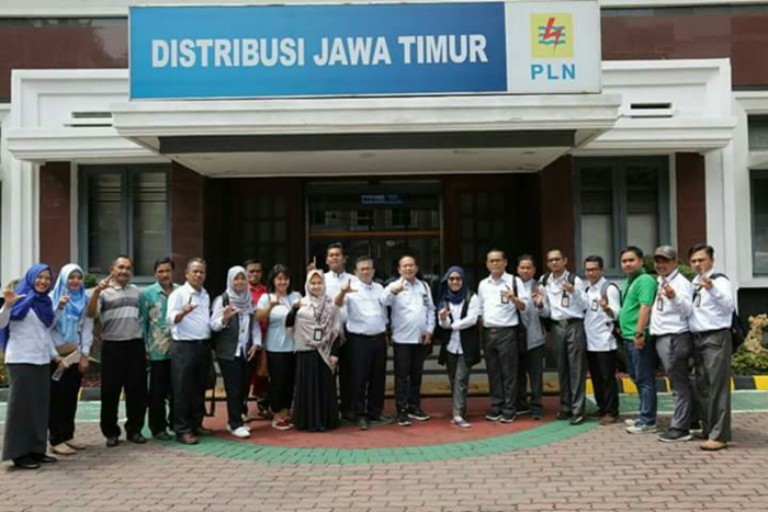 PLN Sumatera Selatan Adopsi Program CSR PLN Distribusi Jawa Timur