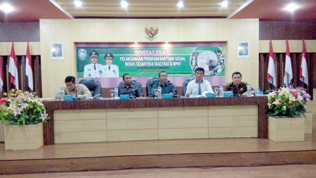Penyaluran Bansos Rastra Situbondo Duduki Peringkat II se Jawa Timur