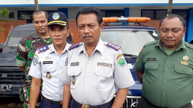 Razia Gabungan, Imbau PKL Tidak Jualan di Trotoar