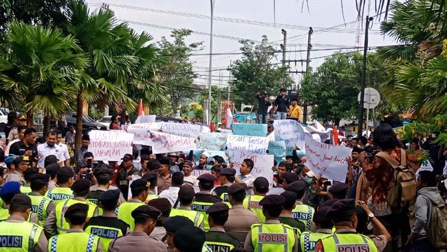 PJ Bupati Bangkalan Diminta Tegas Usut Tuntas Mutasi Jabatan Bodong