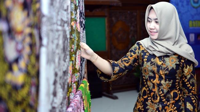 Seminar Batik Lamongan, Dekranasda Dorong Pembatik Lamongan Rajin Ikut Pameran