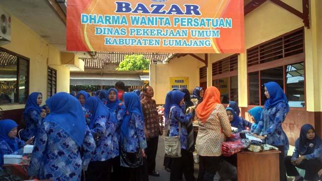 Jelang Ramadan Darma Wanita Dinas PU Gelar Bazar