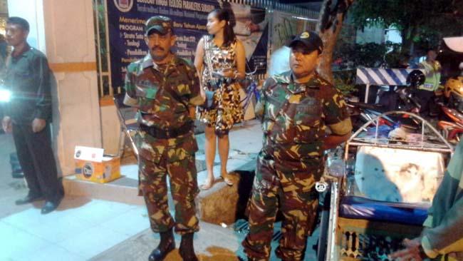 TNI – Polri di Mojokerto Amankan Gereja