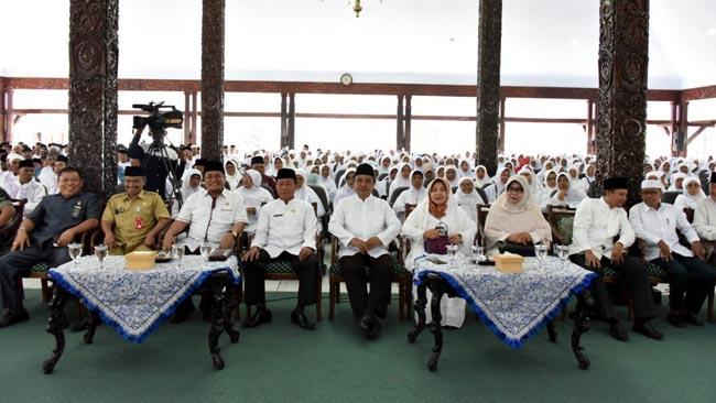 Jamaah Calon Haji Lumajang Diberangkatkan dari Pendopo Kabupaten