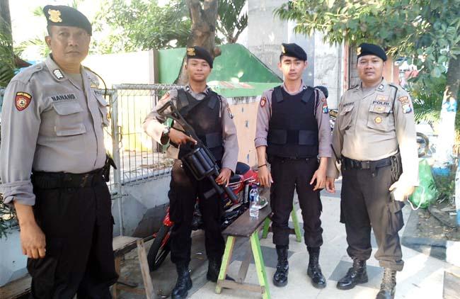 Polres Lamongan Terjunkan Ratusan Anggota Bersenjata Lengkap, Amankan Rekapitulasi Suara Pilgub