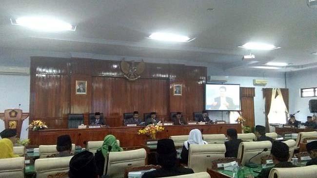 Paripurna Istimewa, DPRD Trenggalek Dengarkan Pidato Kenegaraaan Presiden Jokowi