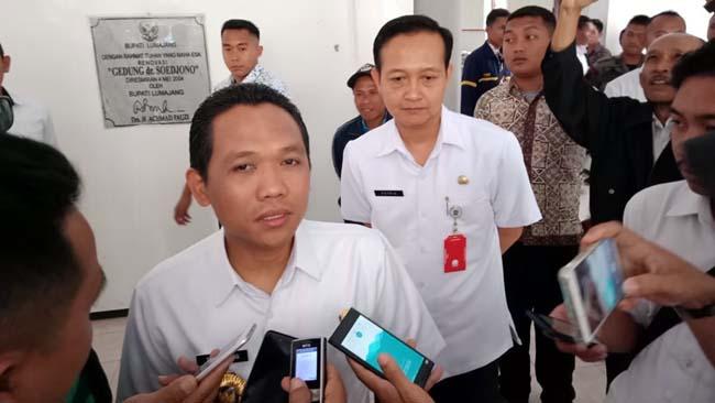 Bupati Imbau Rt/Rw dan LKMD, Selesaikan Persoalan dengan Musyawarah