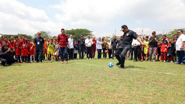 Sofyan Edi Paparkan Pentingnya Regenerasi di Sepakbola