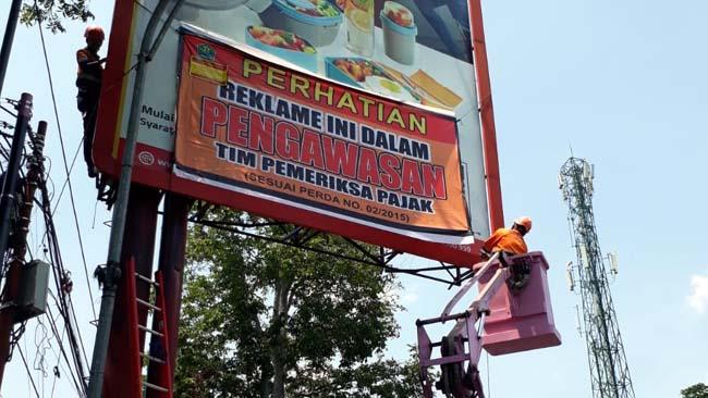 Tingkatkan Kesadaran Bayar Pajak, BP2D Kota Malang Razia Gabungan