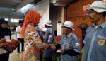 1.050 Tukang becak di Jember Terima Asuransi Kesehatan