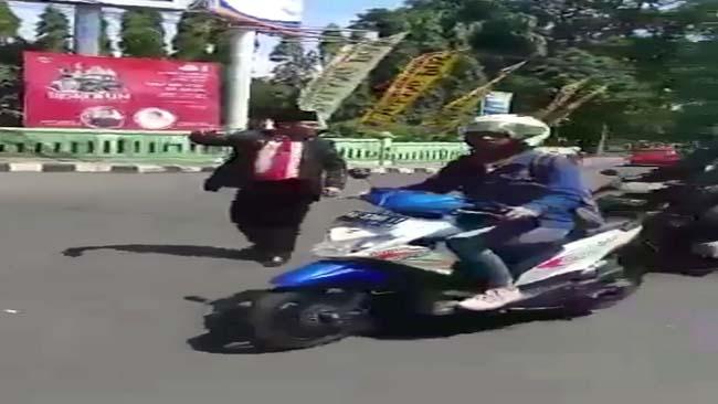 Jalan Macet, Walikota Malang Turun Atur Lalu Lintas
