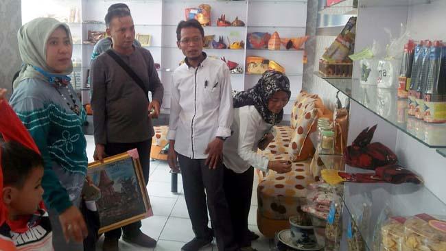Asosiasi UPK Balangan Kalimantan Selatan Kunjungi Bumdesma Wonoayu