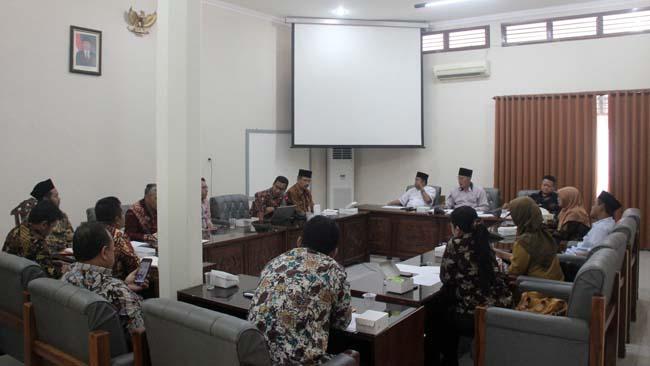 Komisi 1 DPRD Banyuwangi Rakor bersama KPU, Bawaslu dan Disdukcapil