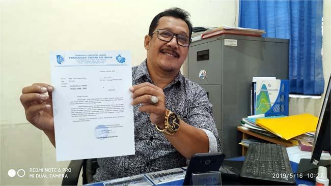 Yahya Kabag Langganan tunjukkan Surat Himbauan. (yud)