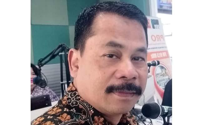 KEPALA : Drs Suwadji SIP. MSi Kepala Dinas Pemberdayaan Masyarakat Kabupaten Malang. (Dok)