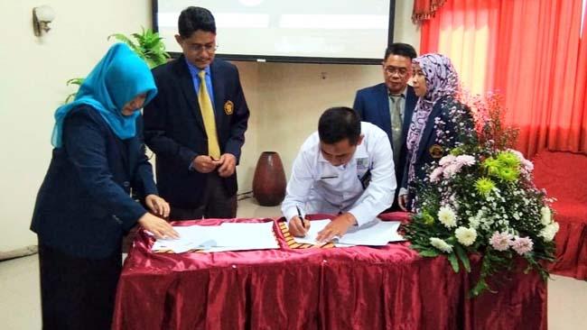 KERJASAMA : MoU antara Pemkab Malang dan UB terkait KEK Singhasari. (rhd)