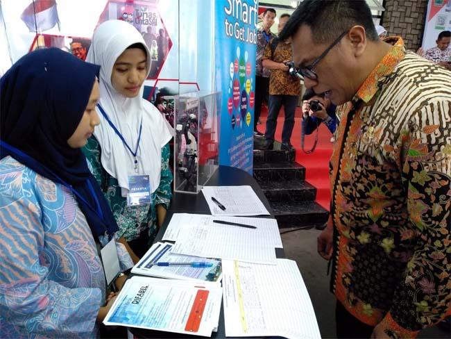 Wakil Walikota Malang Ir Sofyan Edi Jarwoko saat mendatangi Kob Fair 2019. (ist)