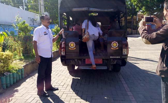 Pol PP Jaring 4 PSK Saat Mangkal di Warung Kopi Situbondo