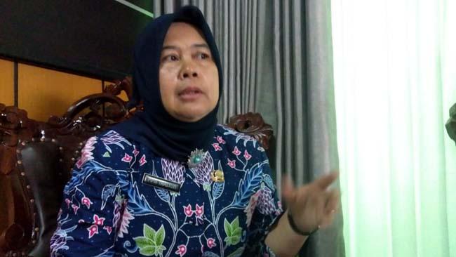 Sekdinsos Kota Malang, Pipih Triastuti