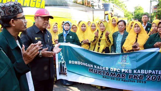 Bupati Sidoarjo Lepas Rombongan Muktamar PKB Sidoarjo ke Bali