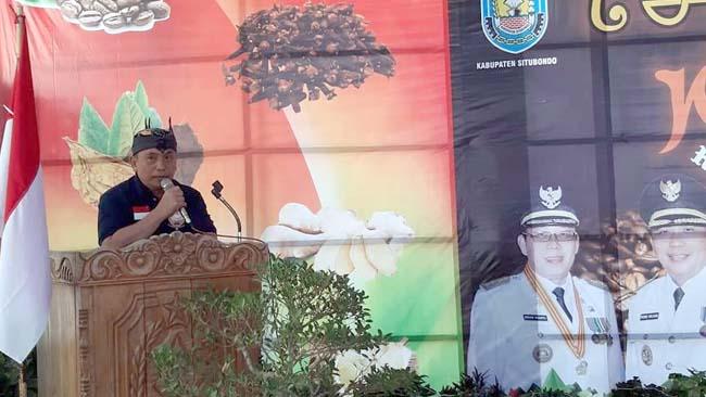AJHERU' AGHUNG: Wakil Bupati Situbondo, Ir H Yoyok Mulyadi M Si saat memberikan sambutan, kemarin. (im)