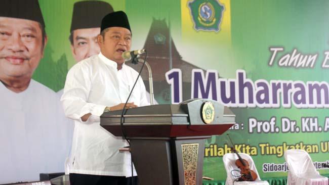 PERINGATAN - Bupati Sidoarjo, Saiful Ilah memberikan pengarahan dalam peringatan Tahun Baru Islam 1441 Hijriyah di Pendopo Delta Wibawa, Selasa (17/09/2019)