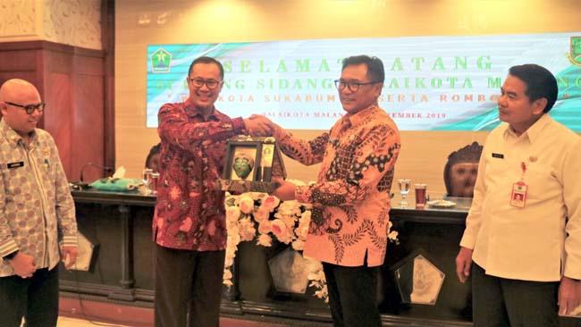 Walikota Sukabumi Studi Kelola Sampah ke Kota Malang