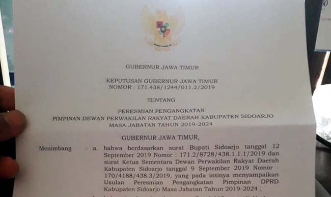 Gubernur Jatim Tetapkan 4 Pimpinan DPRD Sidoarjo, Segera Bahas AKD