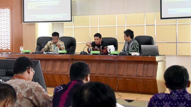 Targetkan IKL 70,00 DLHKP Gelar Forum Diskusi Lingkungan Hidup