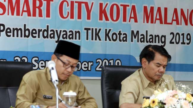 Walikota Sutiaji dan Dinas Infokom Gelar FGD Penyusunan Roadmap Smart City Kota Malang