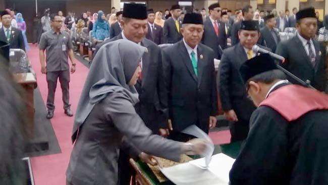 Prosesi Pelantikan Pimpinan DPRD Kabupaten Malang Periode 2019-2024. (sur)